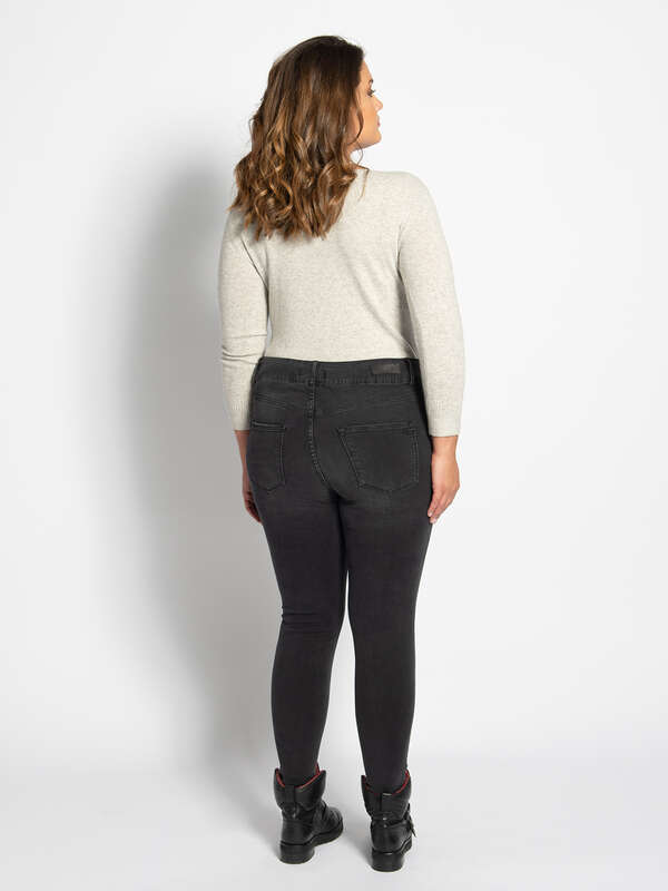 Arly Jeans