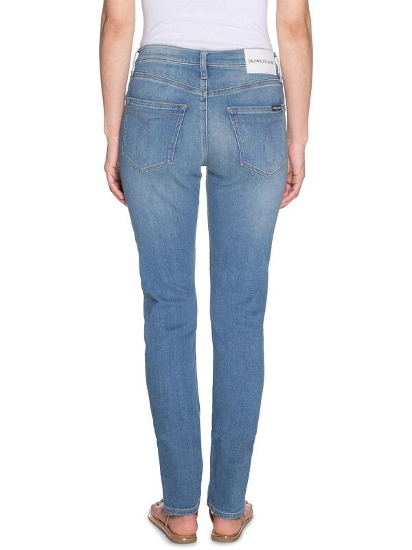 CKJ 021 Jeans