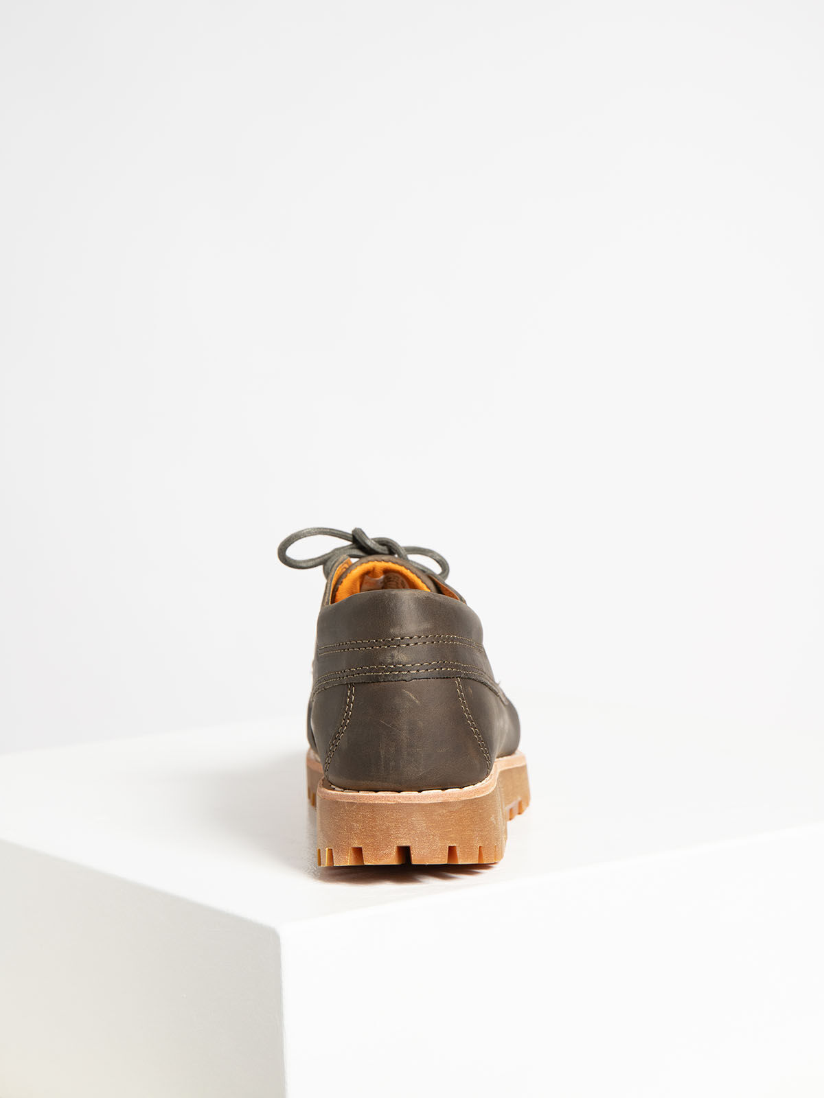 Low Shoes