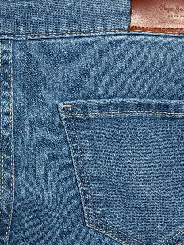 Cutsie Jeans